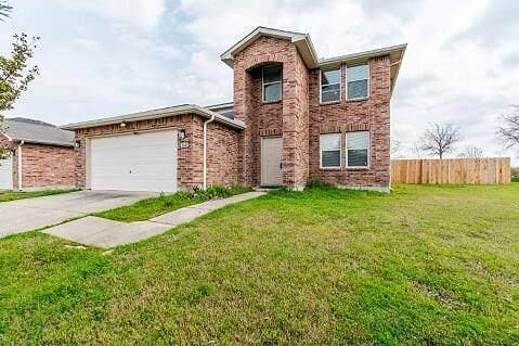 2600 Oak Crest Drive, Little Elm, TX 75068 (MLS #14313932) :: Team Tiller