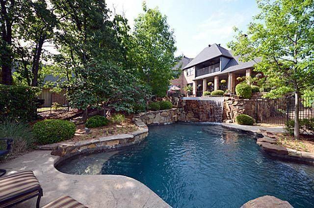 3091 Whispering Oaks Drive, Highland Village, TX 75077 (MLS #14314740) :: Team Tiller
