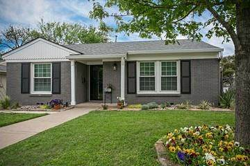 2700 Ryan Place Drive, Fort Worth, TX 76110 (MLS #14315143) :: The Mitchell Group