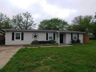 911 Jardin Drive, Mesquite, TX 75149 (MLS #14316808) :: Justin Bassett Realty