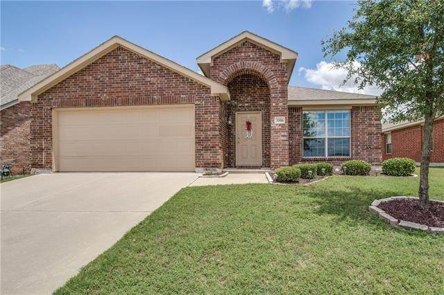 3006 Morgan Drive, Celina, TX 75009 (MLS #14316930) :: Tenesha Lusk Realty Group