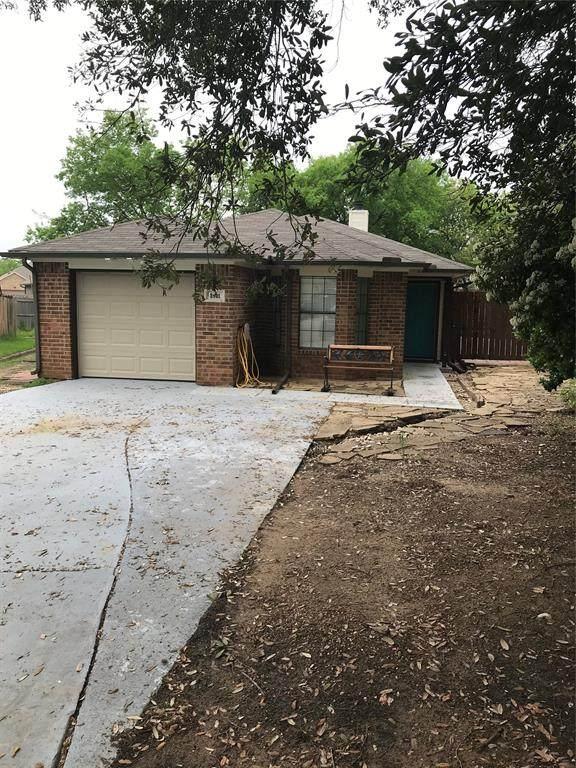 2801 Terry Court, Denton, TX 76209 (MLS #14317578) :: The Chad Smith Team
