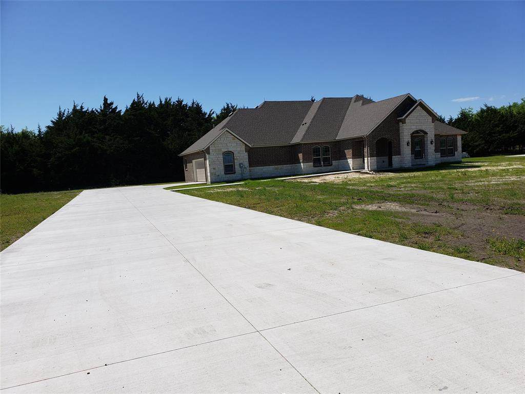 214 County Road 2748 - Photo 1