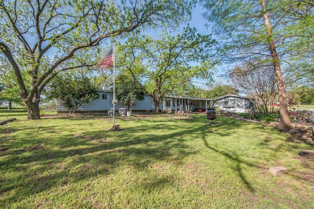6002 Mineral Wells Highway - Photo 1
