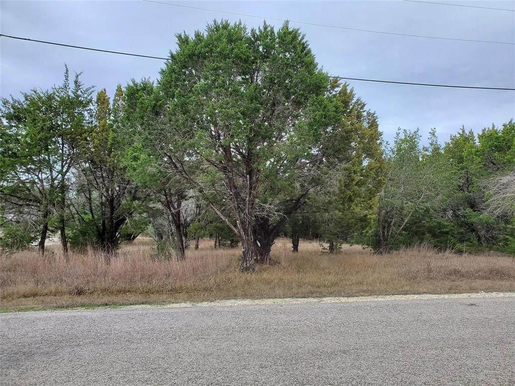 1559 Whitecrest Drive - Photo 1