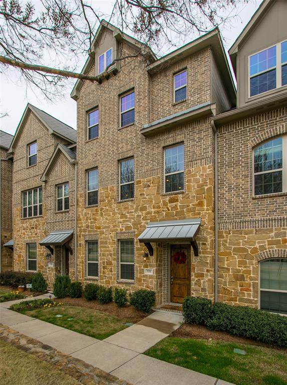 531 W Royal Lane, Irving, TX 75039 (MLS #14326650) :: The Mitchell Group