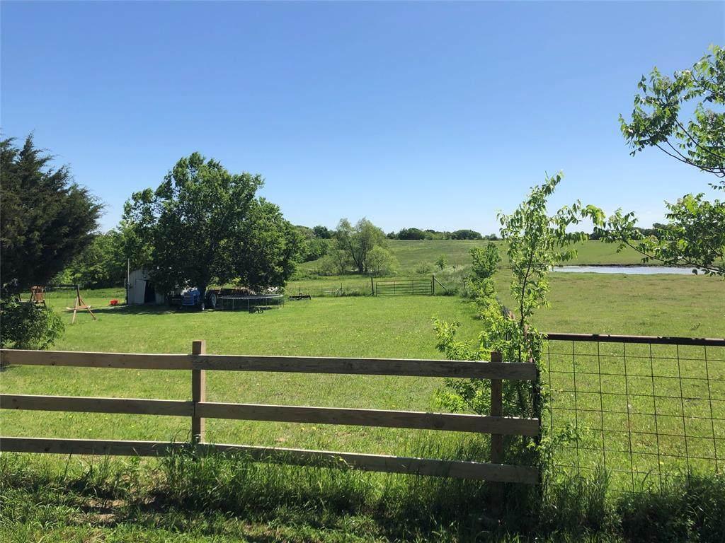 3949 County Road 2216 - Photo 1