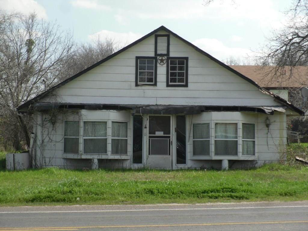1020 4th Street - Photo 1
