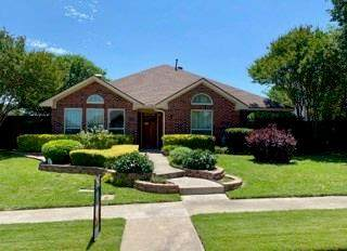 1026 Monarch, Lewisville, TX 75067 (MLS #14335490) :: NewHomePrograms.com LLC