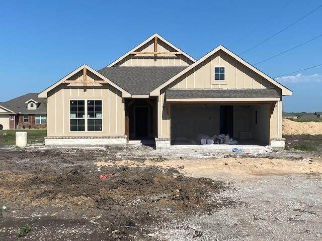 103 Crest Lane, Decatur, TX 76234 (MLS #14336932) :: NewHomePrograms.com LLC