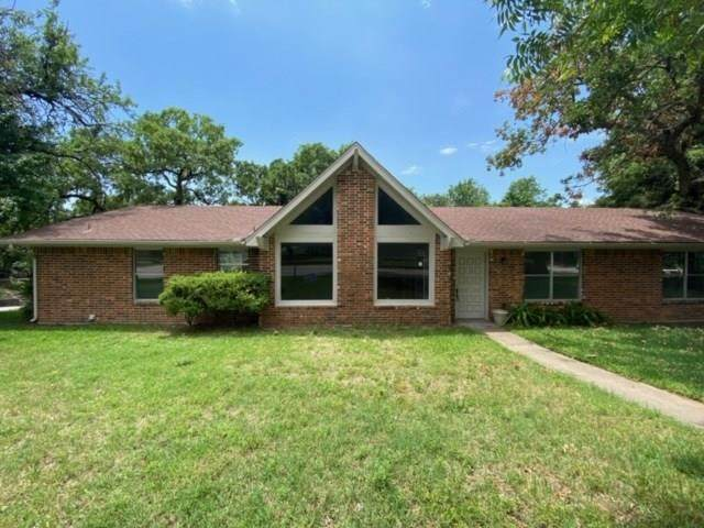 700 W Pecan Street, Bowie, TX 76230 (MLS #14337895) :: The Heyl Group at Keller Williams