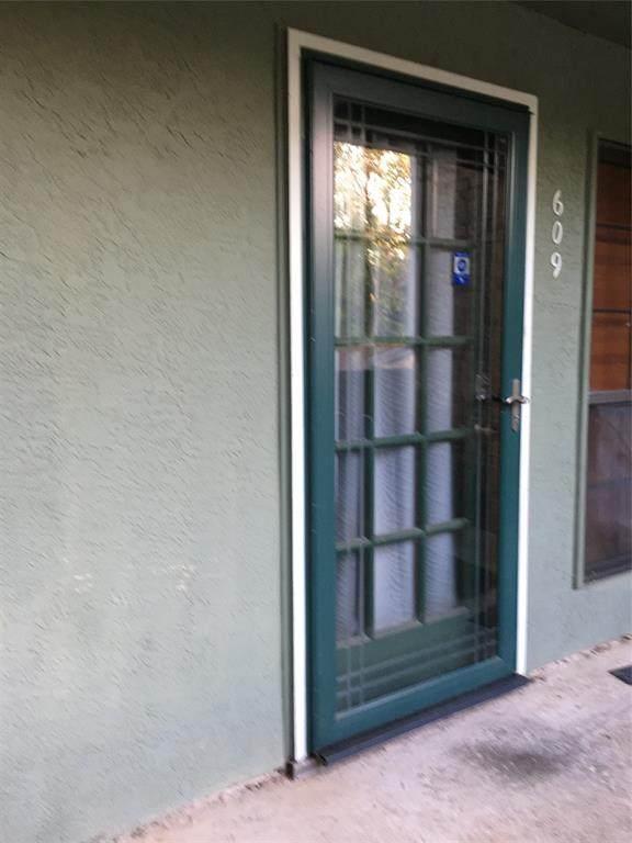 6108 Abrams Road #609, Dallas, TX 75231 (MLS #14338156) :: The Hornburg Real Estate Group