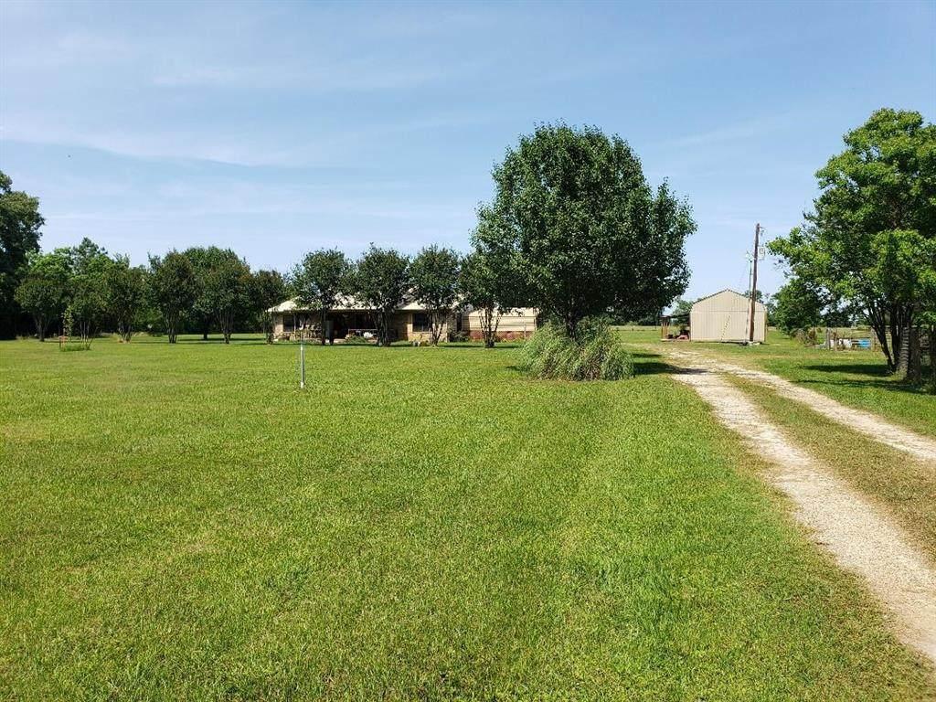 1125 County Road 1515 - Photo 1