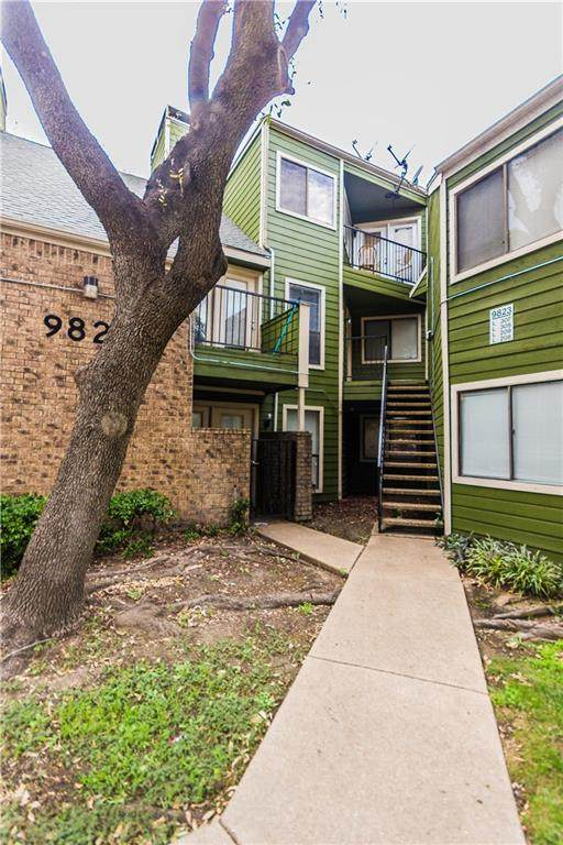 9823 Walnut Street #307, Dallas, TX 75243 (MLS #14342786) :: Frankie Arthur Real Estate