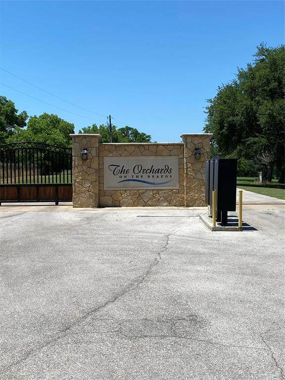 1904 Burkett Court, Cleburne, TX 76033 (MLS #14346032) :: The Good Home Team