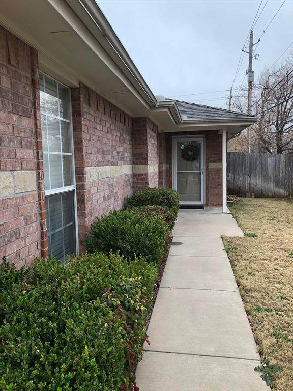 3633 Patty Lynne, Abilene, TX 79606 (MLS #14346892) :: The Mitchell Group