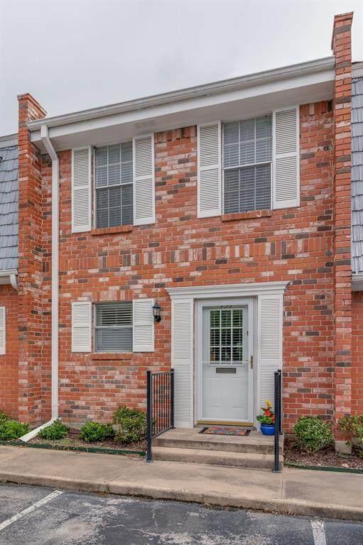 933 Roaring Springs Road, Fort Worth, TX 76114 (MLS #14347388) :: The Heyl Group at Keller Williams