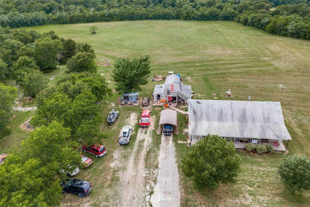 2616 County Road 2134 - Photo 1