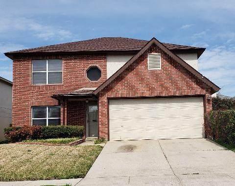 10116 Chapel Glen Terrace, Fort Worth, TX 76116 (MLS #14349072) :: Tenesha Lusk Realty Group