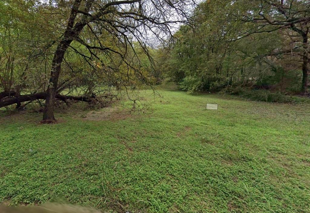 261 Creekwood Drive - Photo 1