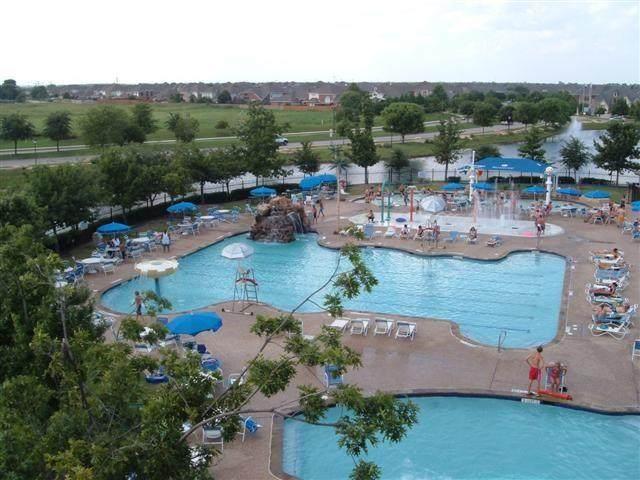 9713 Shoal Creek Drive, Rowlett, TX 75089 (MLS #14349837) :: The Chad Smith Team