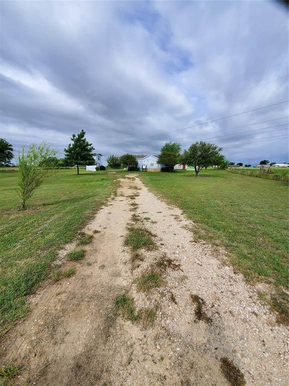 8201 Moyer Court, Joshua, TX 76058 (MLS #14350157) :: Potts Realty Group