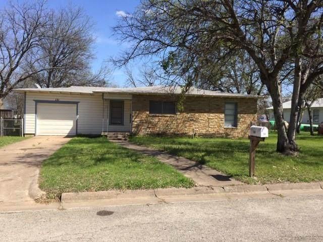 131 Kessler Drive, Granbury, TX 76048 (MLS #14350327) :: Potts Realty Group