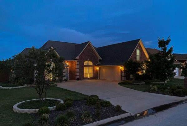 3217 White Oaks Drive, Abilene, TX 79606 (MLS #14350989) :: The Chad Smith Team