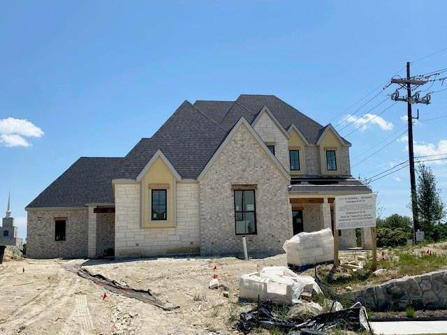 1221 Whisper Rock Drive, Rockwall, TX 75032 (MLS #14351111) :: RE/MAX Pinnacle Group REALTORS