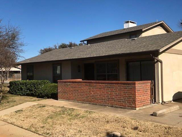 649 Timberline Drive, Hurst, TX 76053 (MLS #14352419) :: Tenesha Lusk Realty Group