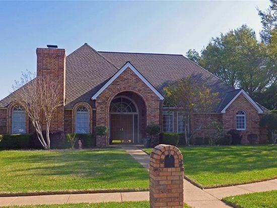 2201 Edgewater Court, Bedford, TX 76021 (MLS #14352962) :: The Chad Smith Team
