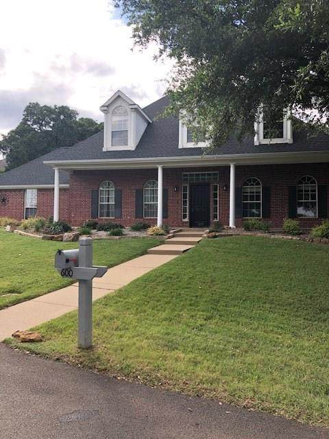 600 Rosedale Street, Highland Village, TX 75077 (MLS #14352970) :: The Good Home Team
