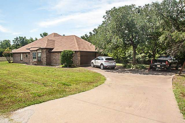 720 Queensway Road, Willow Park, TX 76087 (MLS #14353318) :: The Good Home Team