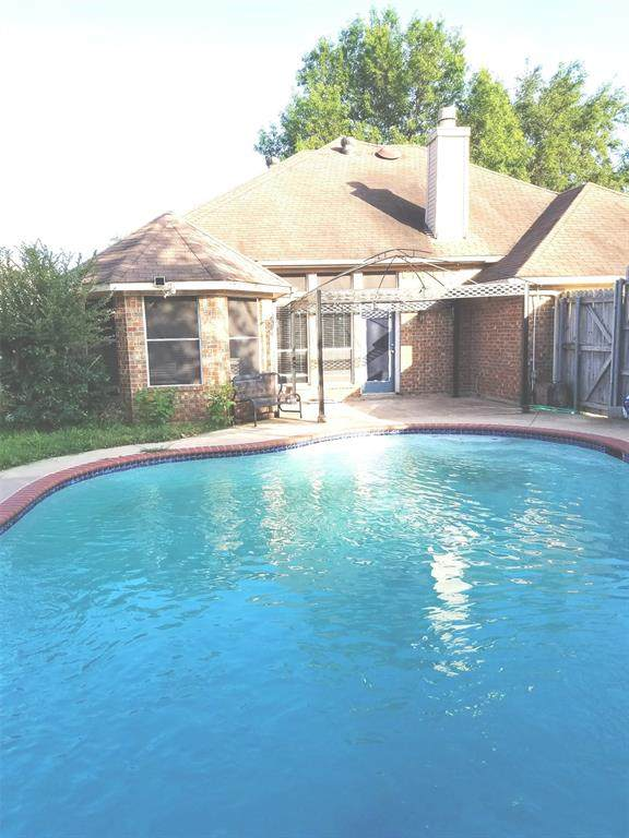 1627 Ariel Drive, Mesquite, TX 75181 (MLS #14354580) :: All Cities USA Realty