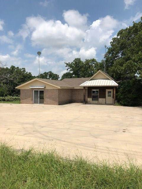 917 E Highway 199, Springtown, TX 76082 (MLS #14356203) :: All Cities USA Realty