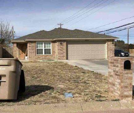 2802 Houston Street, San Angelo, TX 76901 (MLS #14359635) :: The Chad Smith Team