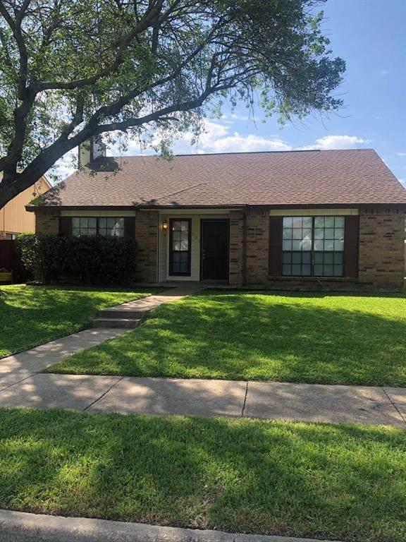 809 Bailey Drive, Cedar Hill, TX 75104 (MLS #14359881) :: The Good Home Team