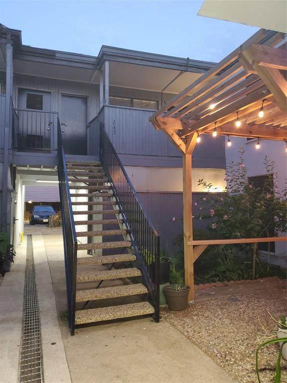 4323 Brown Street #245, Dallas, TX 75219 (MLS #14360327) :: North Texas Team | RE/MAX Lifestyle Property