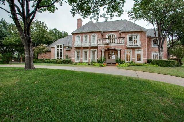 2900 Masters Circle, Plano, TX 75093 (MLS #14362360) :: Real Estate By Design