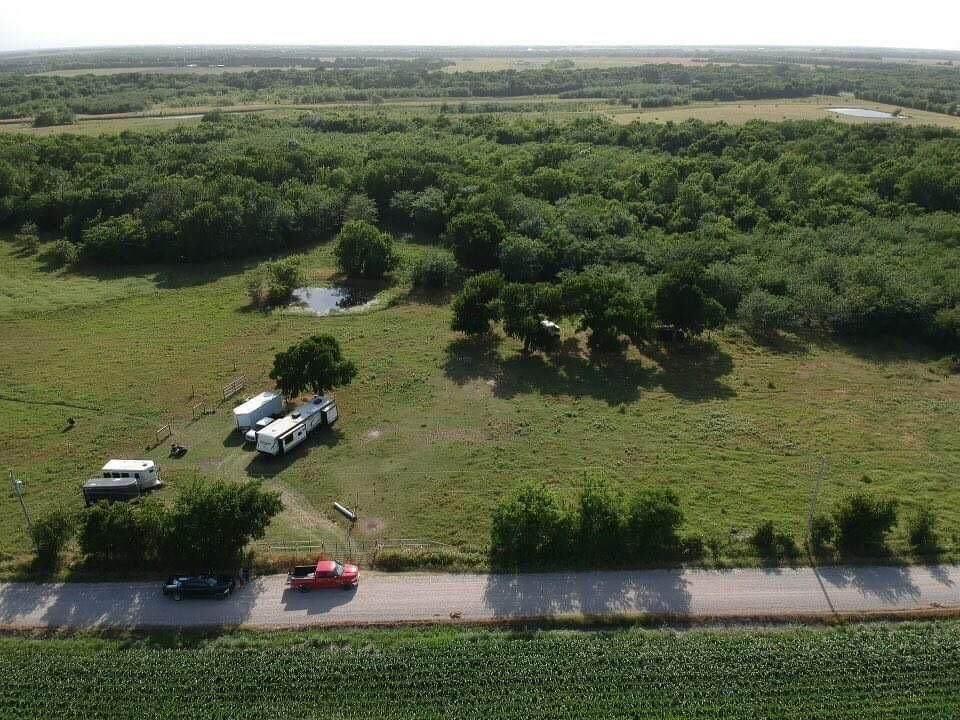 1490 County Road 2114 - Photo 1
