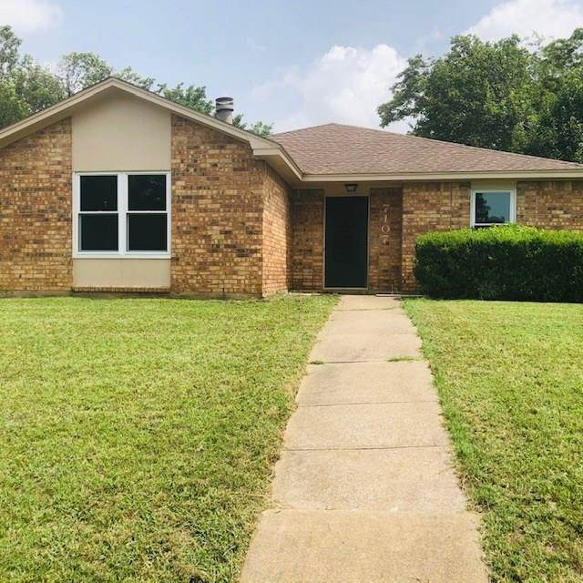 7107 Elderberry Lane, Dallas, TX 75249 (MLS #14370729) :: Robbins Real Estate Group