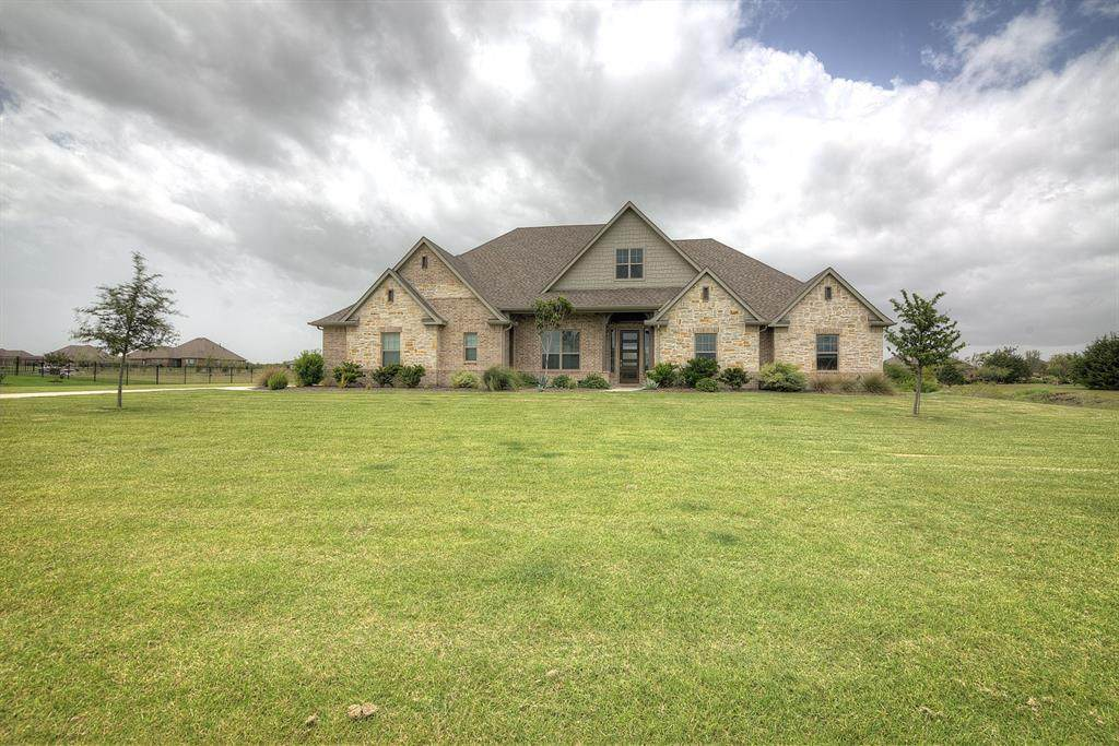 592 Chisholm Ranch Drive - Photo 1