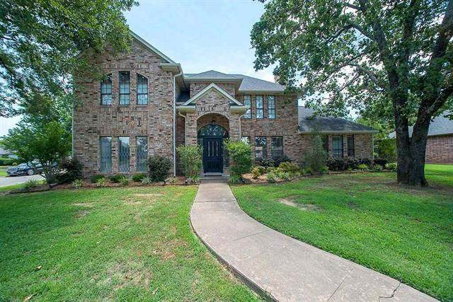 2720 Oak Creek Drive, Paris, TX 75462 (MLS #14376881) :: The Kimberly Davis Group