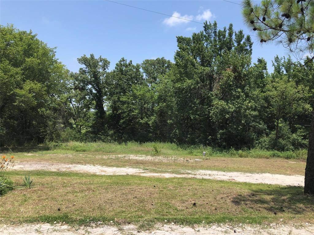 2926 County Road 147 - Photo 1