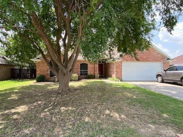 8 W Sharon Drive, Krum, TX 76249 (MLS #14379711) :: The Kimberly Davis Group