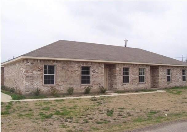 1707 N Kaufman Street, Ennis, TX 75119 (MLS #14380288) :: Real Estate By Design