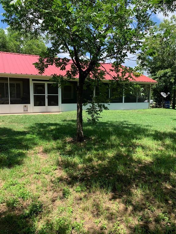 1201 N Mckinney Street, De Leon, TX 76444 (MLS #14380728) :: The Kimberly Davis Group