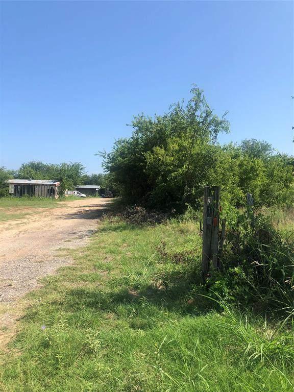 310 W Lipan Drive, Lipan, TX 76462 (MLS #14380730) :: The Kimberly Davis Group