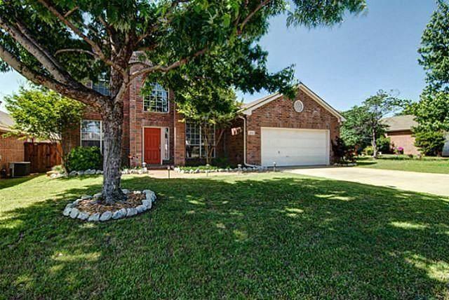 1702 Birch Lane, Corinth, TX 76210 (MLS #14381735) :: Baldree Home Team