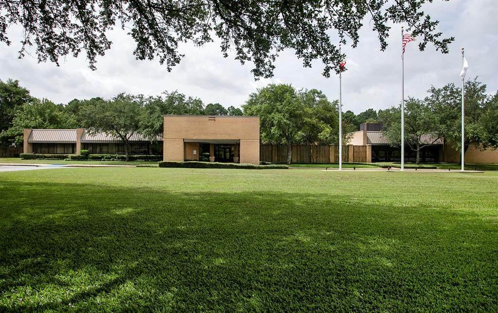 4101 University - Photo 1